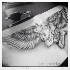 wings with diamond tattoo deisgn
